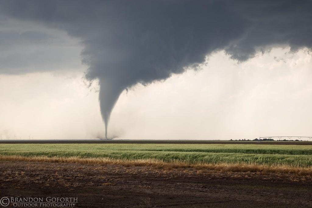 Брендон Гофорт - мастер фотографии экстремальной погоды (33 фото)