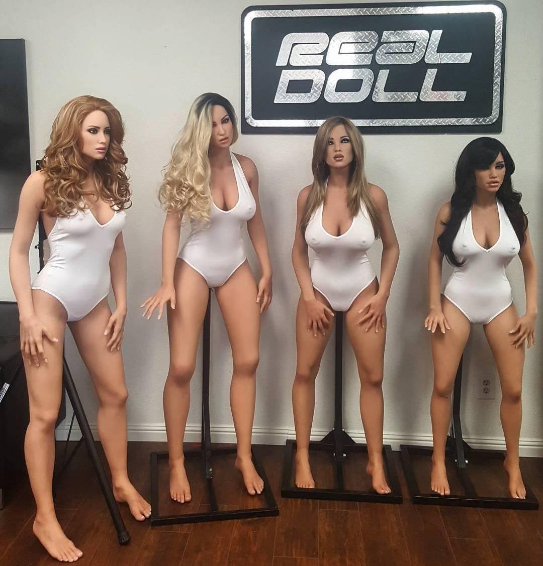 Новое поколение секс кукол сможет получать \оргазм\ по команде (20 фото + видео)