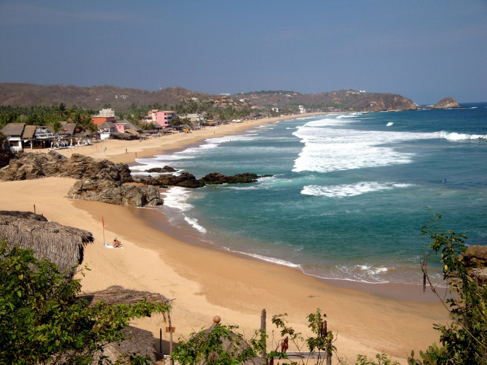 Самые опасные и коварные пляжи мира (15 фото)