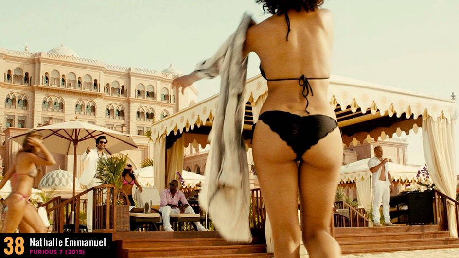 50 самых горячих кадров с бикини в кино по версии журнала MAXIM