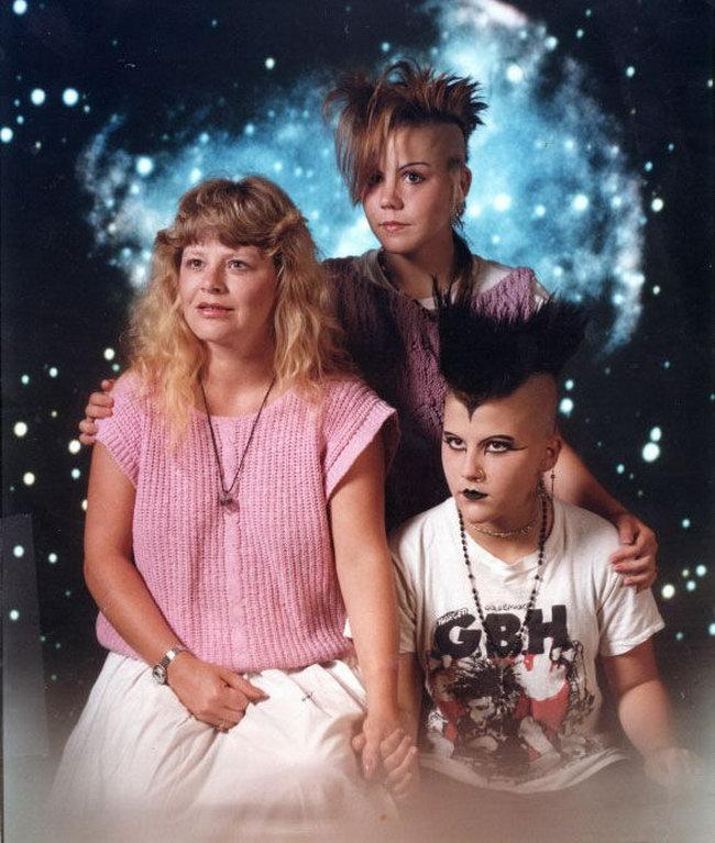 Странные люди на семейных фотографиях (38 фото)