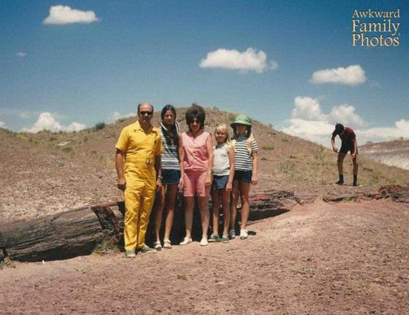 Необъяснимые семейные фотографии (45 фото)