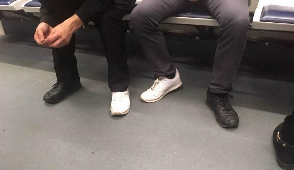 Модники и чудики из российского метрополитена - 17 (40 фото)