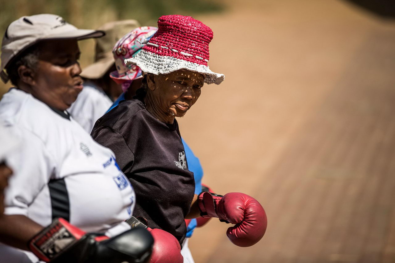 Бокс Бабушки