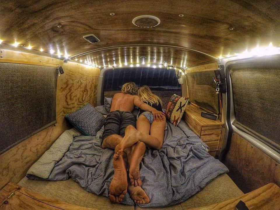 Счастливая жизнь в автодоме (25 фото)