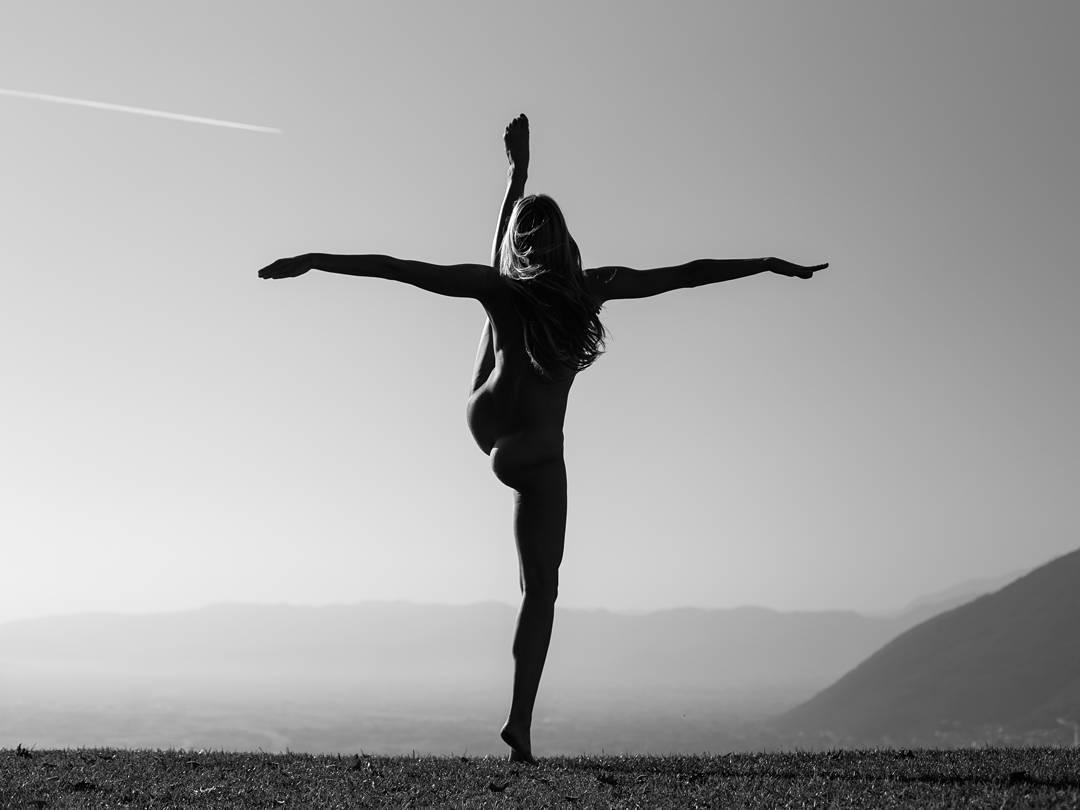 Голая йога