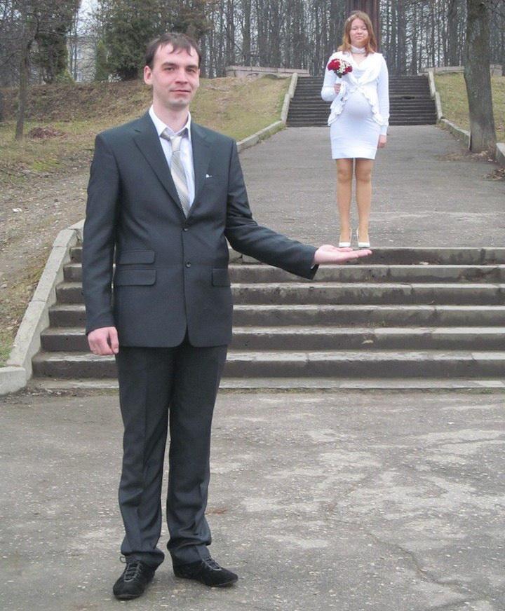 Супруг на ладошке