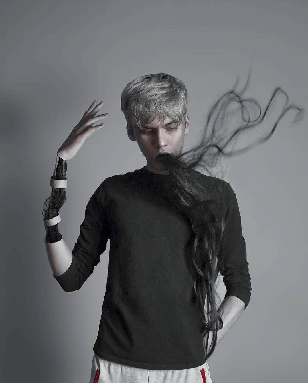 Темный сюрреализм 18-летнего российского художника (30 фото)