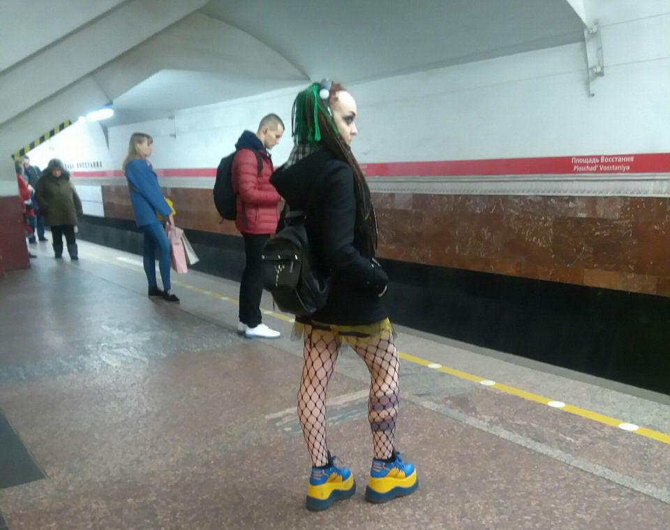 Модники и чудики из российского метрополитена - 22 (40 фото)