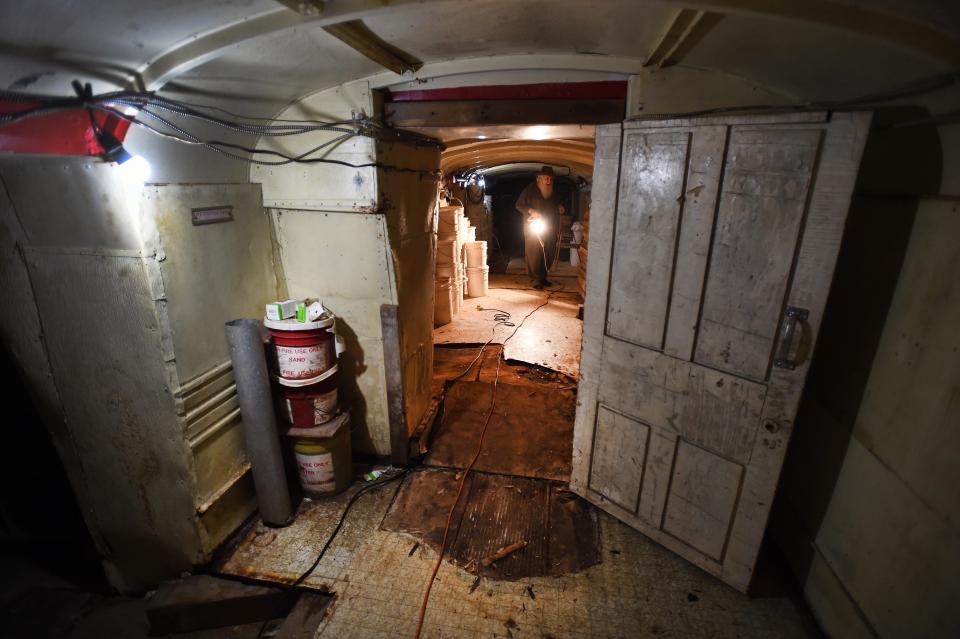 Канадец 50 лет строил ядерный бункер