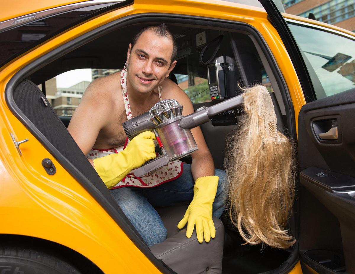 Прикольный календарь с таксистами Нью-Йорка