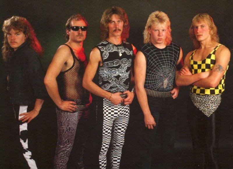 14 из самых худших постеров металл групп всех времен