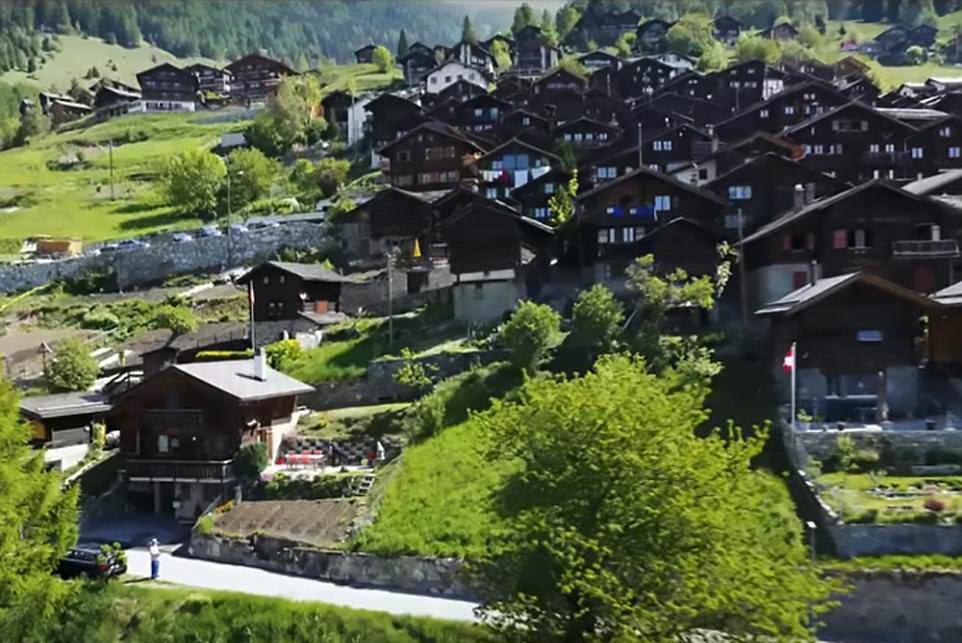 000 заплятят семьям, желающим переехать в швейцарский горный городок