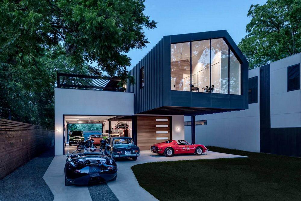 Дом коллекционера автомобилей в США (12 фото)