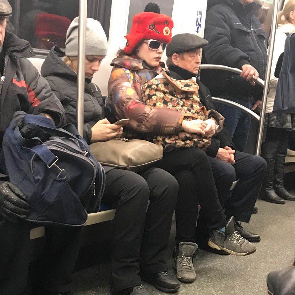 Модники и чудики из российского метрополитена - 26 (40 фото)