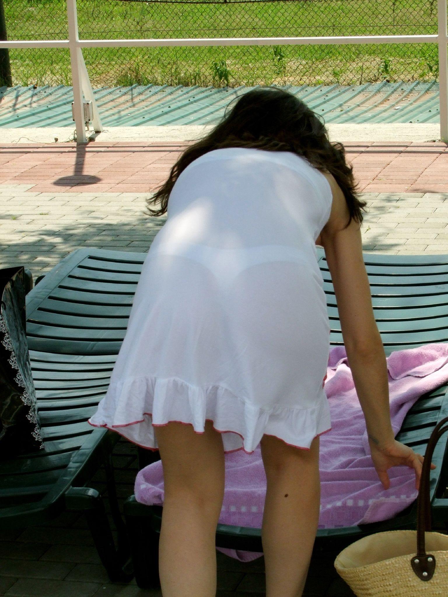 Девушки в прозрачном