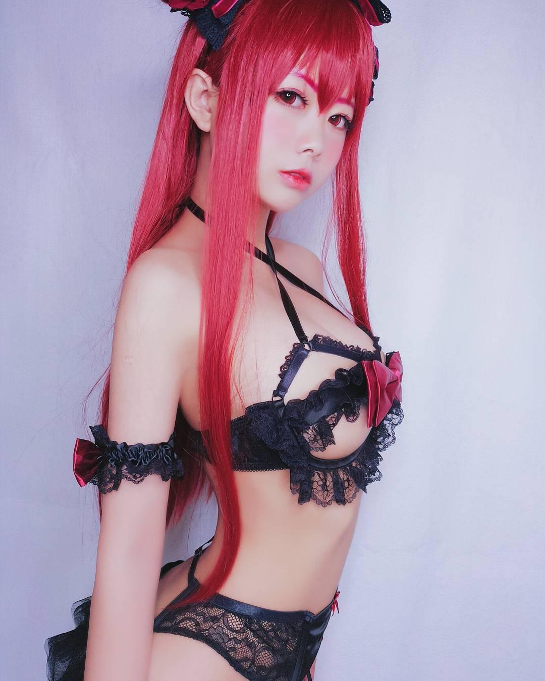 Китайская косплеерша Loluuuuuu