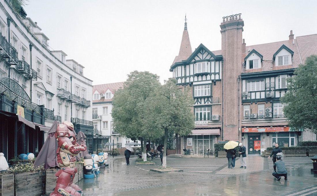 Липовые фасады и искусственные города
