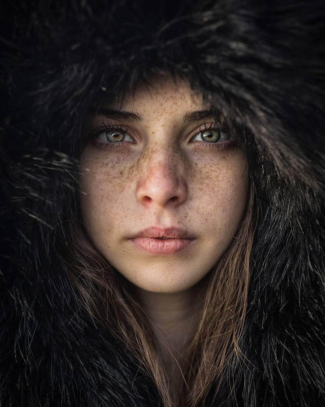 Пятничные девушки на Pixmafia.com