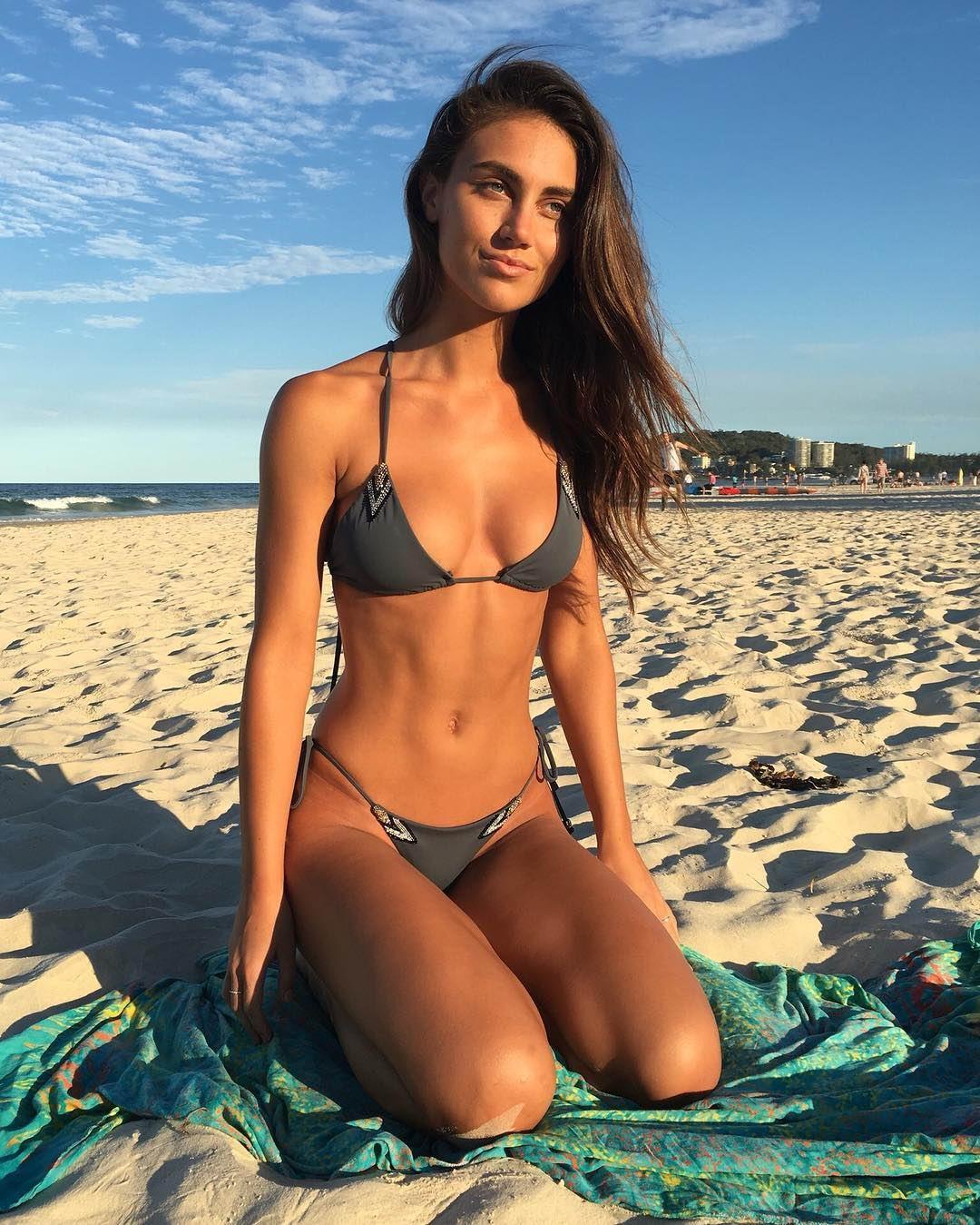 Девушка дня: спортивная Стеф Рейнер