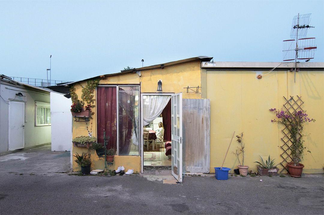 Жизнь цыган-беженцев в Италии