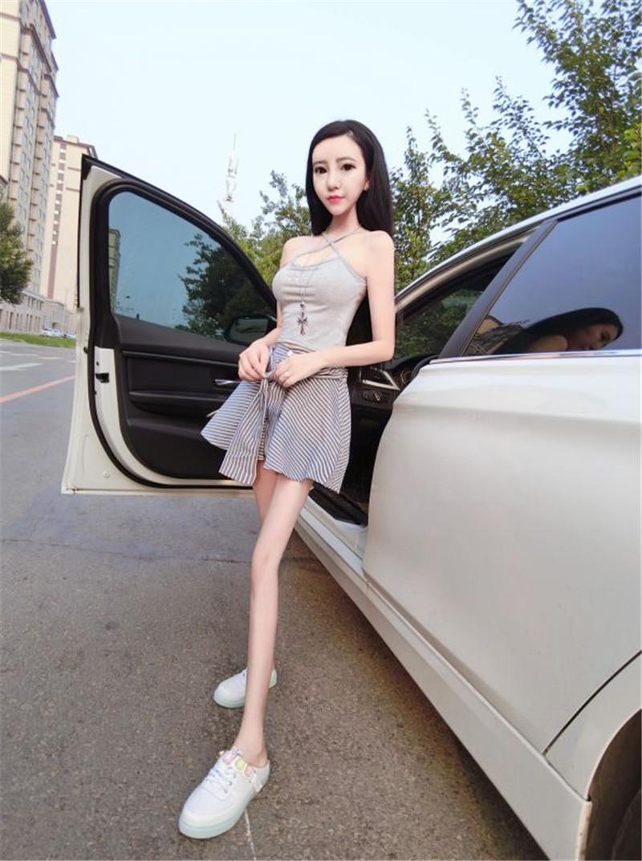 Китайская итнернет-кукла и армия ее поклонников