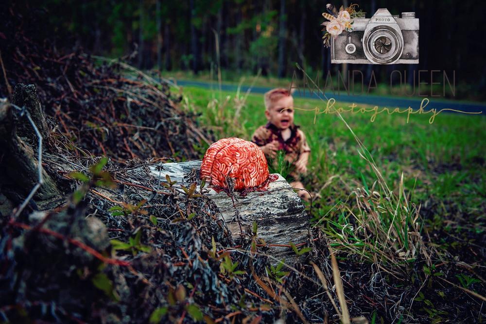 Зомби-фотосессия на первый день рождения (15 фото)