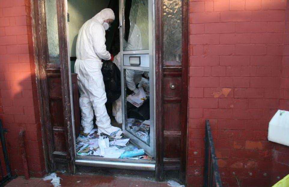 Владелец компании по уборке домов барахольщиков поделился видео и фото с своей работы