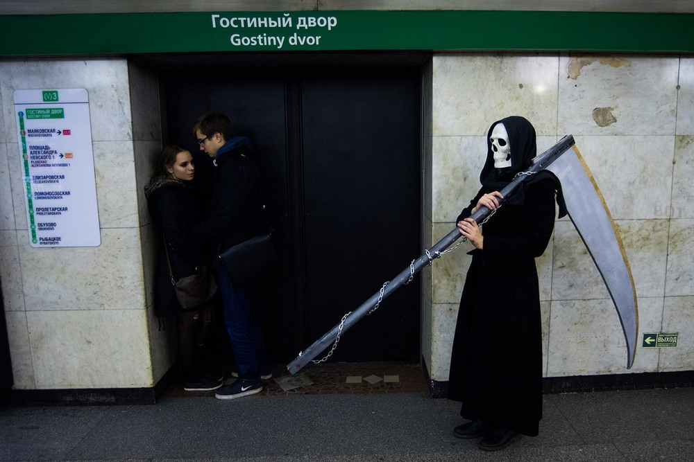 Модники из российского метро - 42 (37 фото)