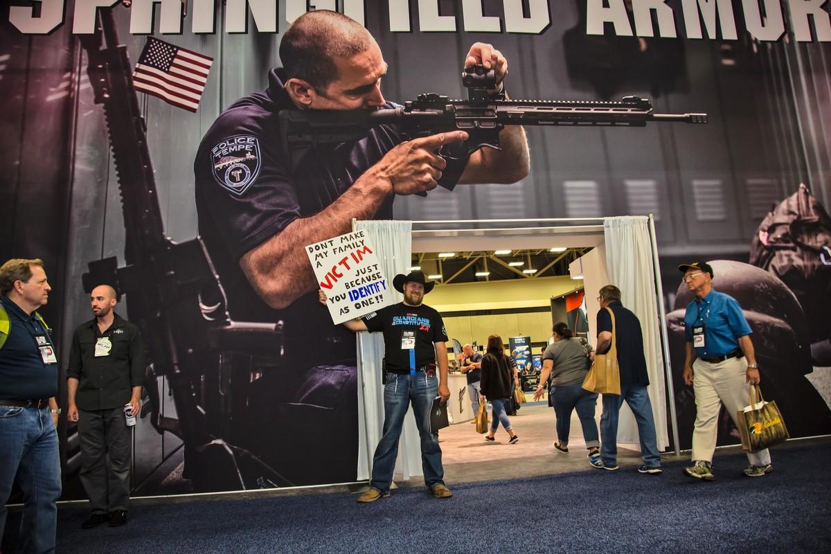 Конвенция Национальной стрелковой ассоциации США (25 фото)
