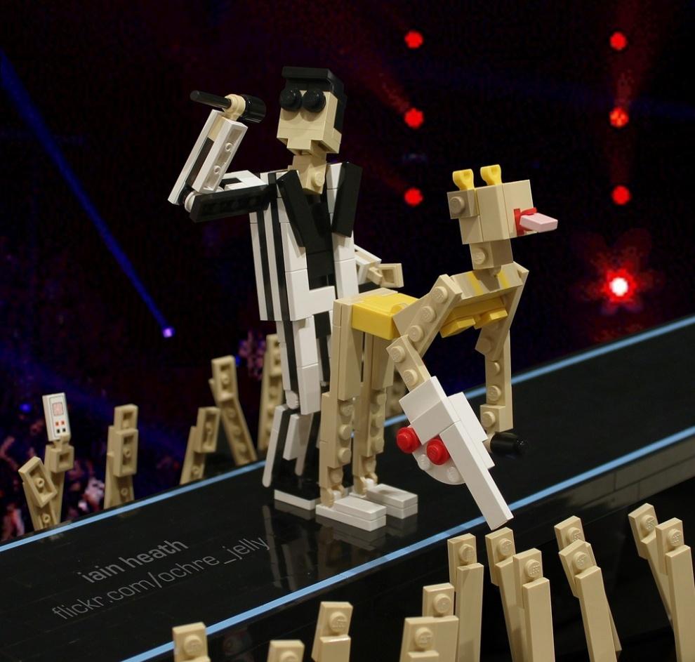 Удивительные поделки из LEGO (44 фото)
