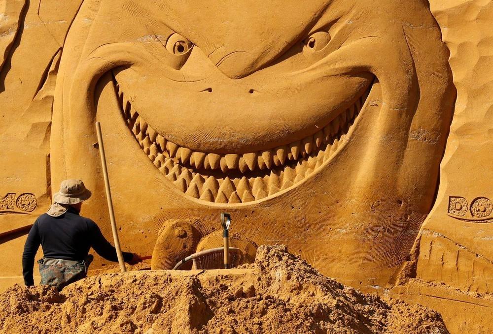 Фестиваль скульптур из песка в Бельгии (10 фото)