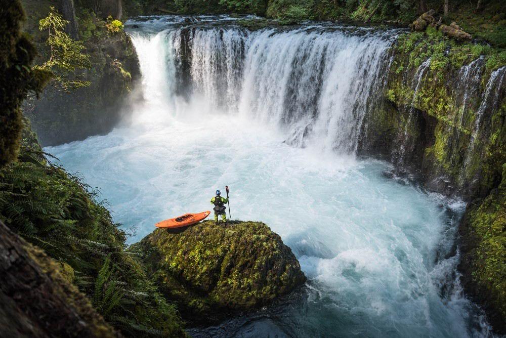 Захватывающие путешествия и приключения на снимках Майкла Кларка (30 фото)