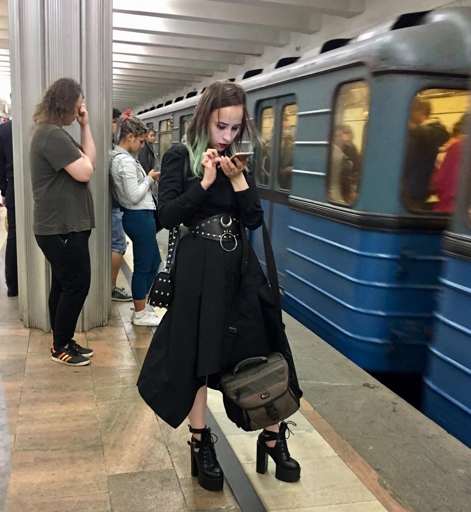 Модники и чудики из российского метрополитена - 55 (35 фото)