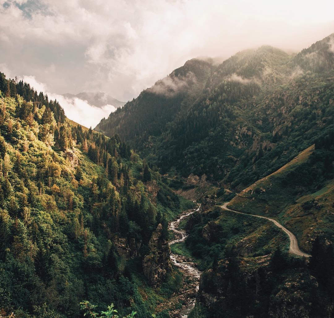 Путешествия и приключения на снимках Ахмета Эрдема (25 фото)