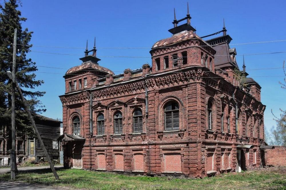 Заброшенная Россия: фотографии Ксении Савиной (25 фото)