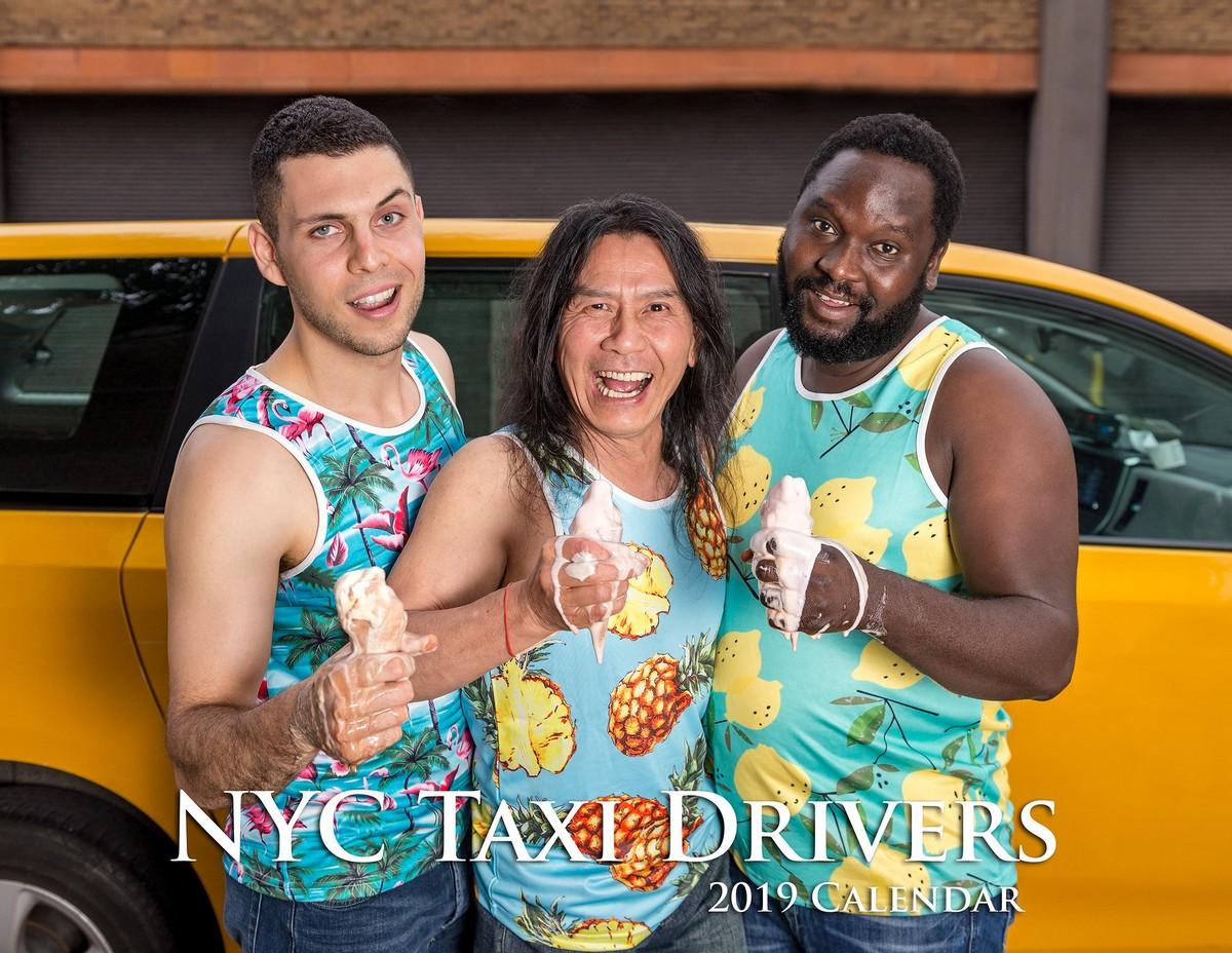 Веселый календарь с таксистами Нью-Йорка на 2019 год (13 фото)