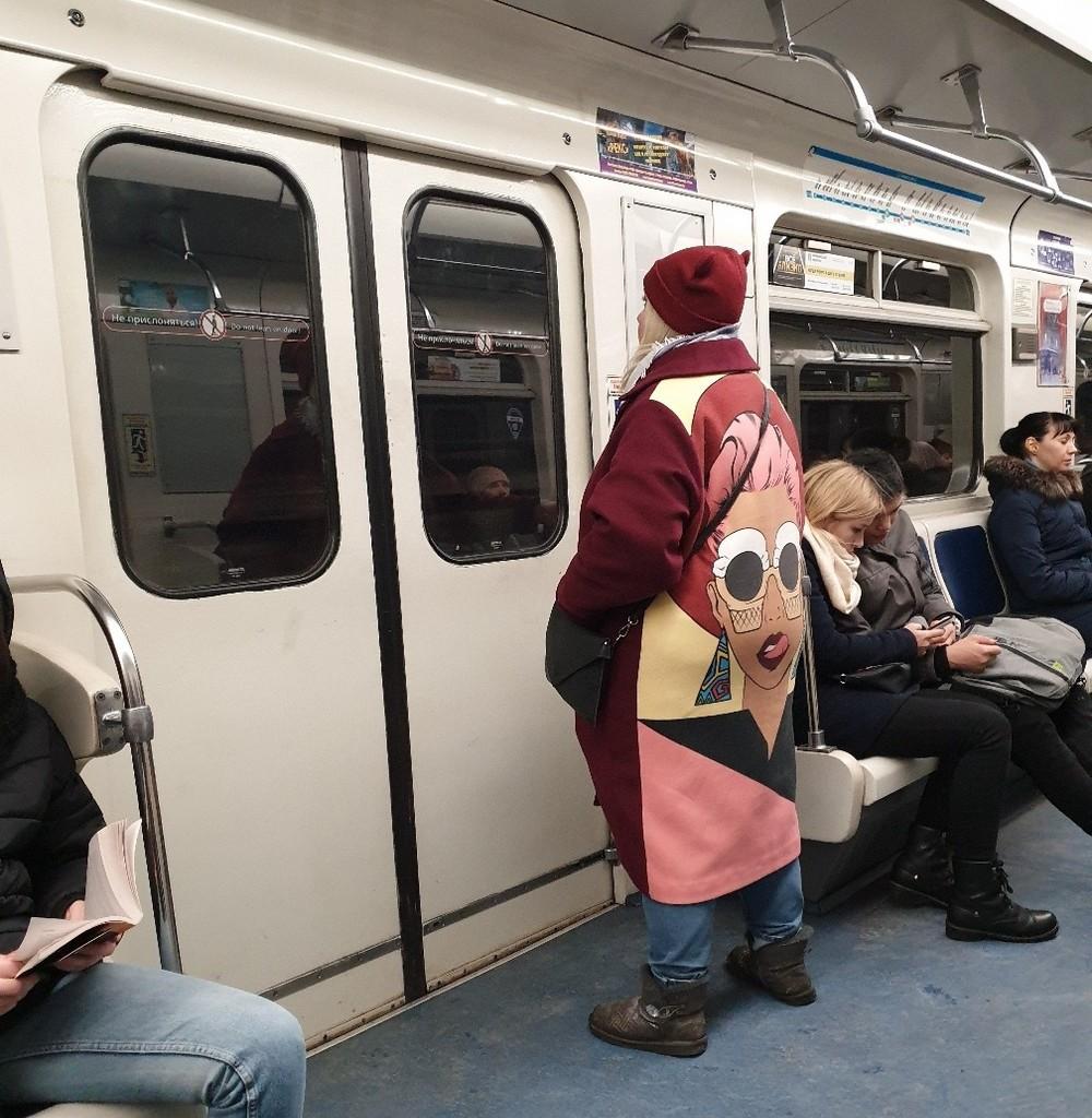 Модники и чудики из российского метрополитена - 73 (40 фото)