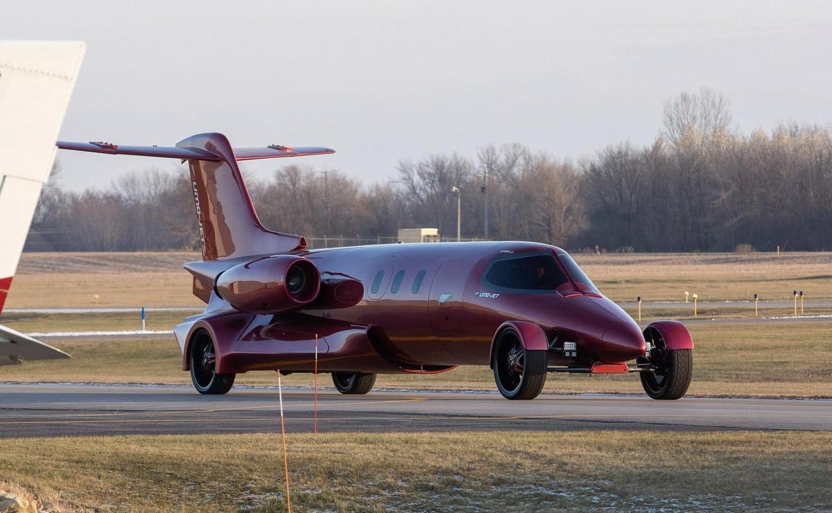 Частный самолет превратили в «Клуб на колесах» стоимостью
