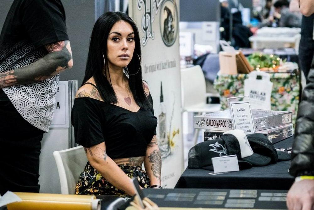 Сотни поклонников татуировок собрались на ежегодную конференцию в Милане (30 фото)