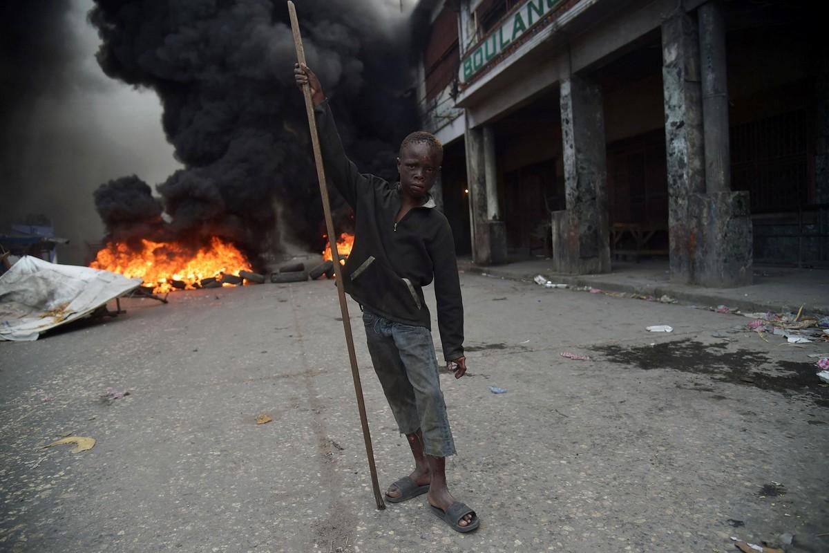 Жаркий февраль на Гаити (40 фото)