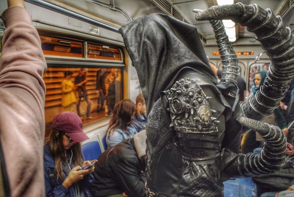 Модники и чудики из российского метрополитена - 85 (40 фото)