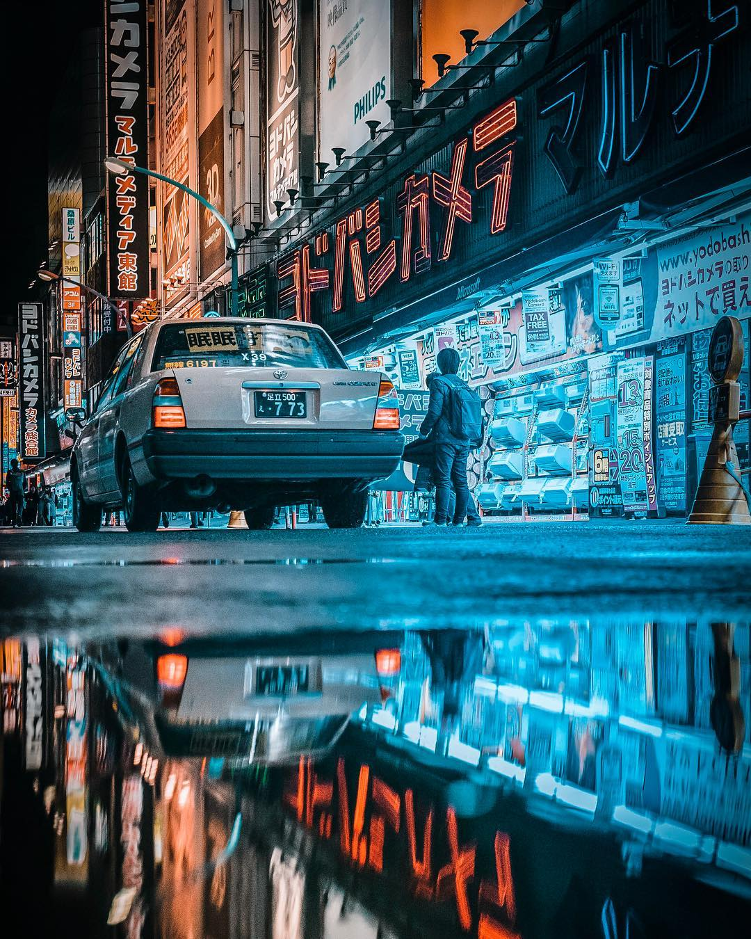 Волшебство японских улиц ночью на снимках Джуна Ямамото (25 фото)