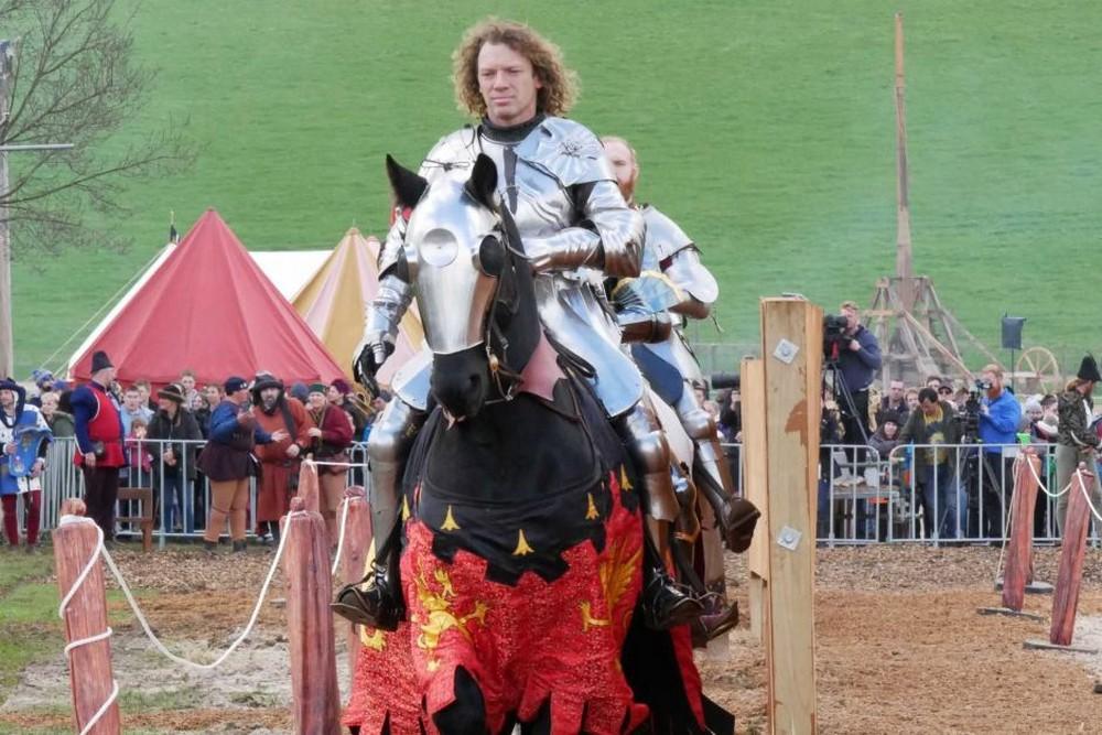 Единственный профессиональный рыцарь Австралии стал чемпионом мира по рыцарским поединкам