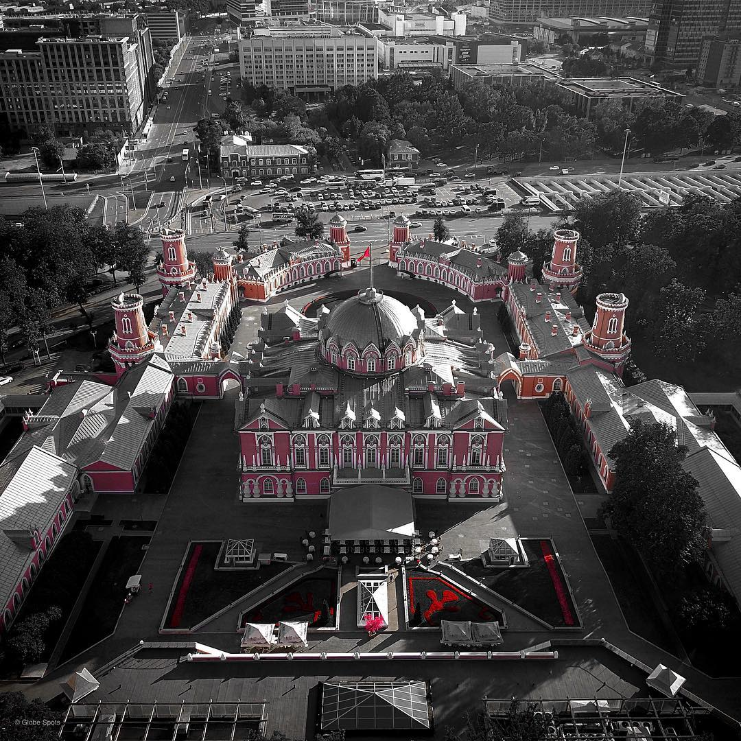 Москва сверху: потрясающие аэрофотоснимки Михаила Деревянова (25 фото)