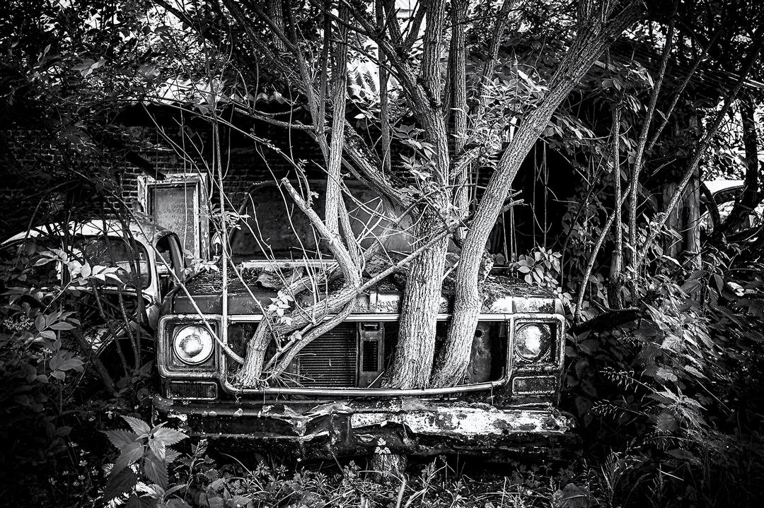 Заброшенные места на снимках Валери Лерой (25 фото)