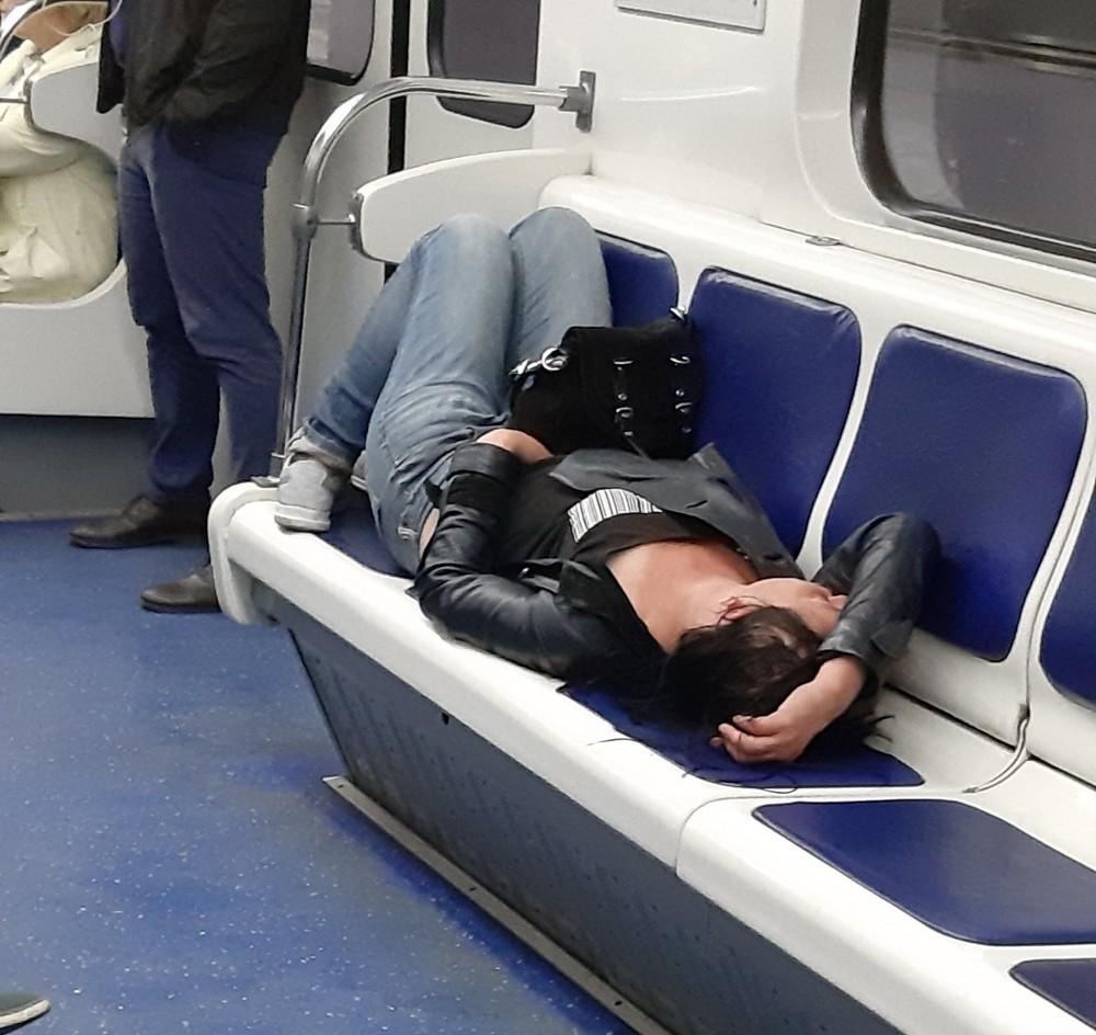 Модники и чудики из российского метрополитена - 99 (40 фото)