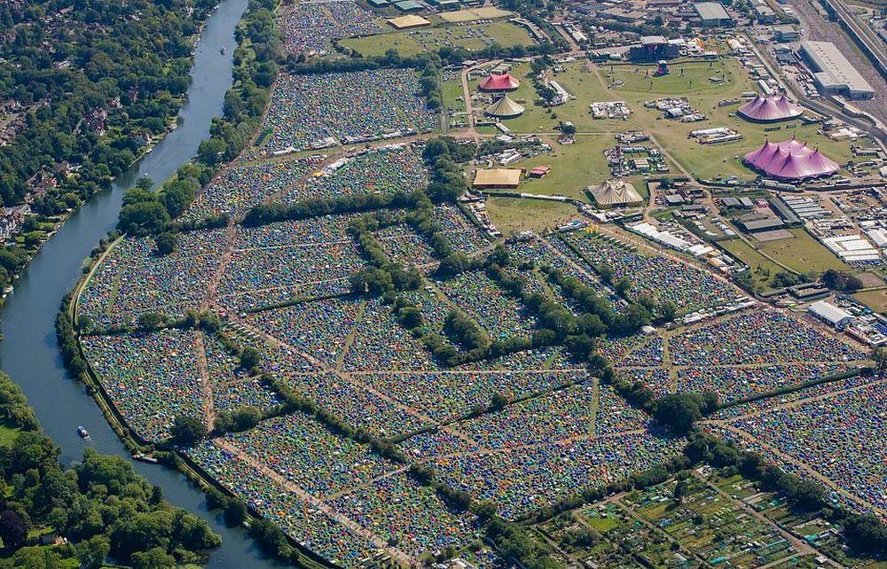Жара на фестивале \Leeds and Reading\ (30 фото)