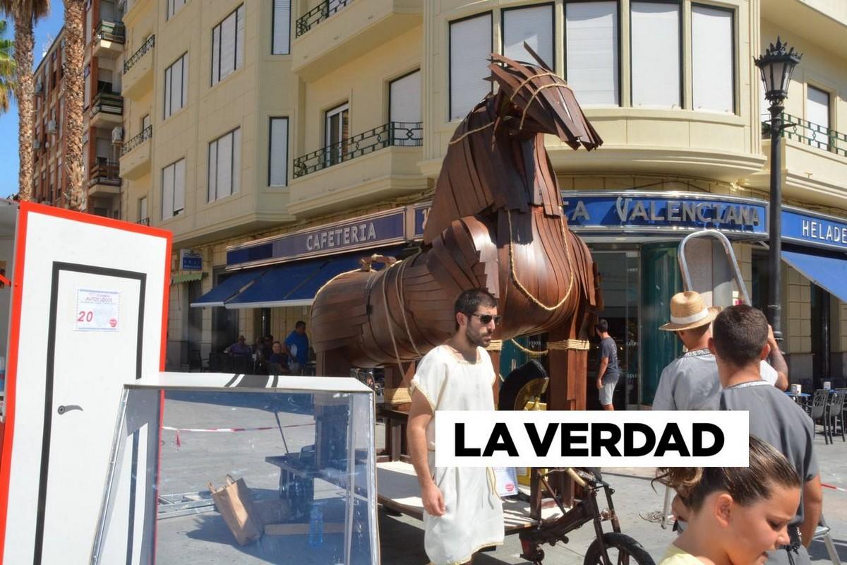 Гонки на безумных автомобилях \Los Dormis\ в Испании (35 фото)