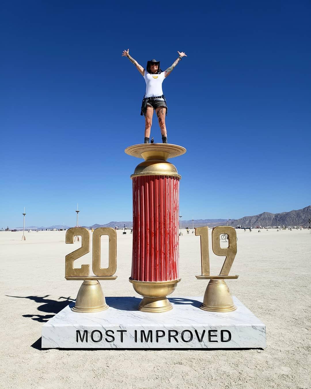 Экстравагантные посетители фестиваля \Burning Man 2019\ (35 фото)